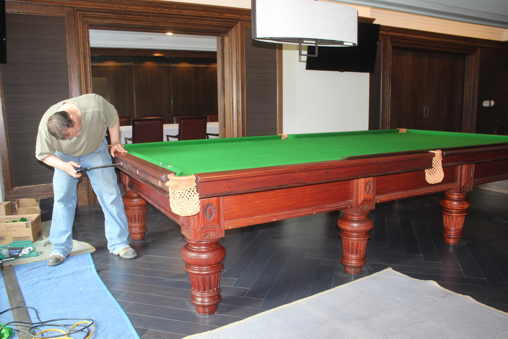 Servicing 6x12 Snooker Table